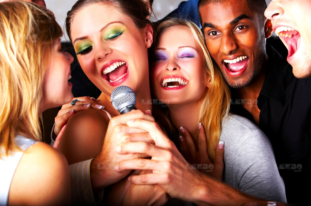 Karaoke  party zelf bed 200  per