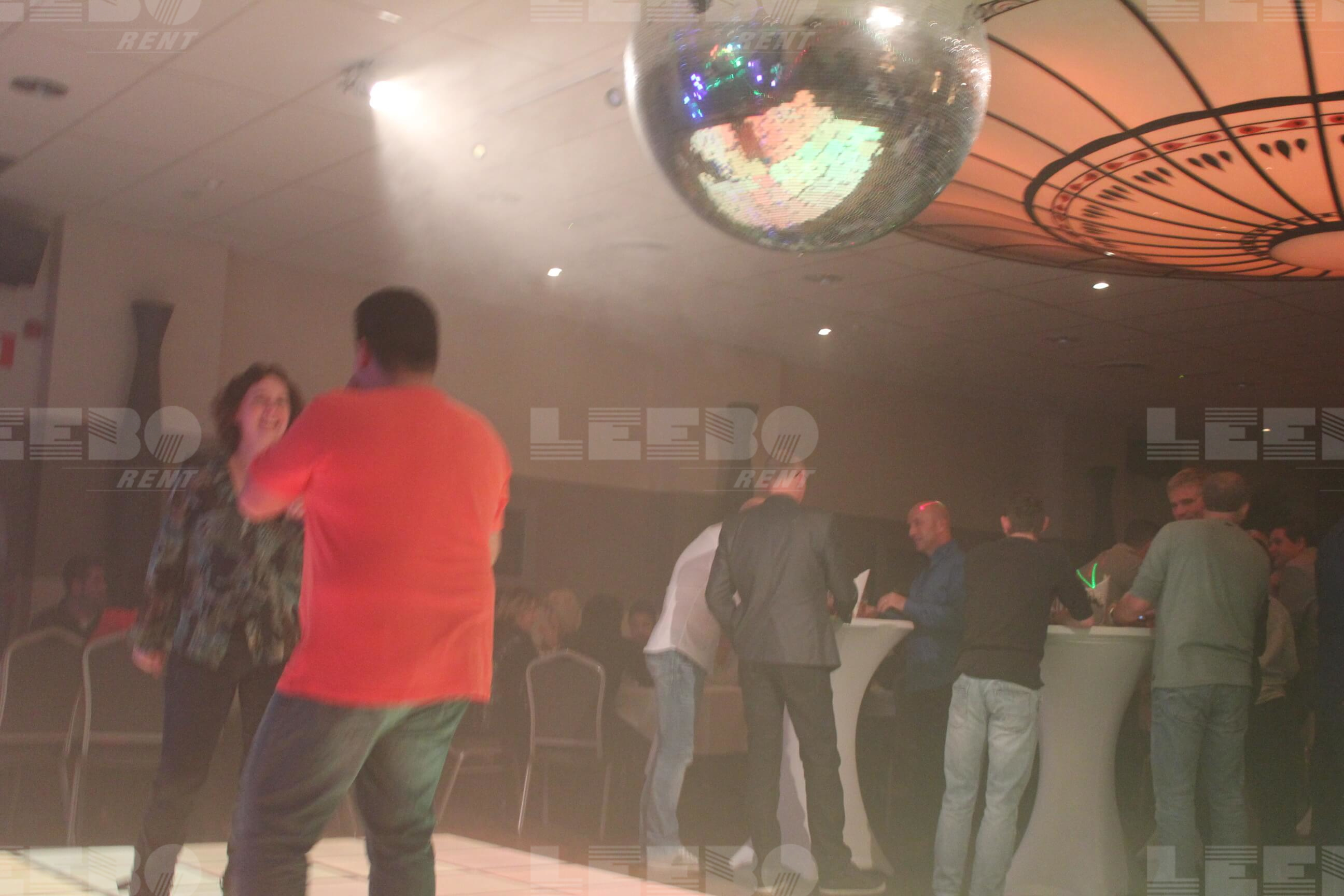 Saturday Night Fever  Drive in show boek je snel op leeborent
